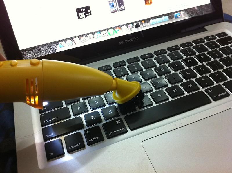 Aspirateur USB pour clavier